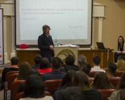 La UNLaM realizó una jornada sobre la comunicación digital y el marketing online